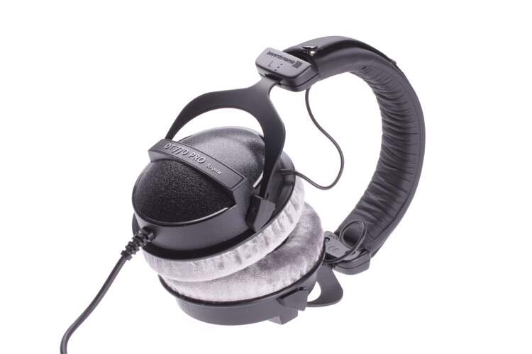 beyerdynamic dt770 pro 80 studio headphones dt 770. Black Bedroom Furniture Sets. Home Design Ideas