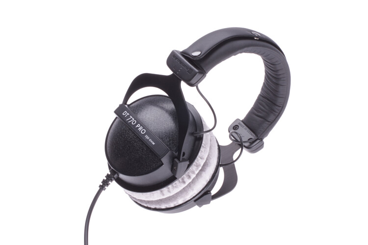 beyerdynamic dt770 pro 250 studio headphones dt 770. Black Bedroom Furniture Sets. Home Design Ideas